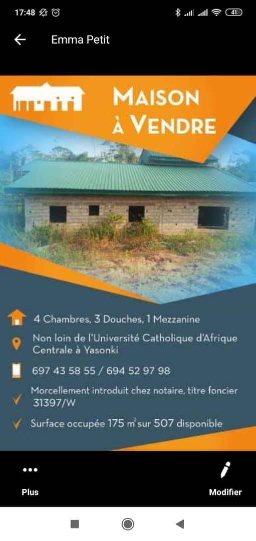 Maison (Villa) à vendre - Douala, Yassa, A coté de l'université catholique d'Afrique Centrale - 1 salon(s), 4 chambre(s), 3 salle(s) de bains - 8 000 000 FCFA