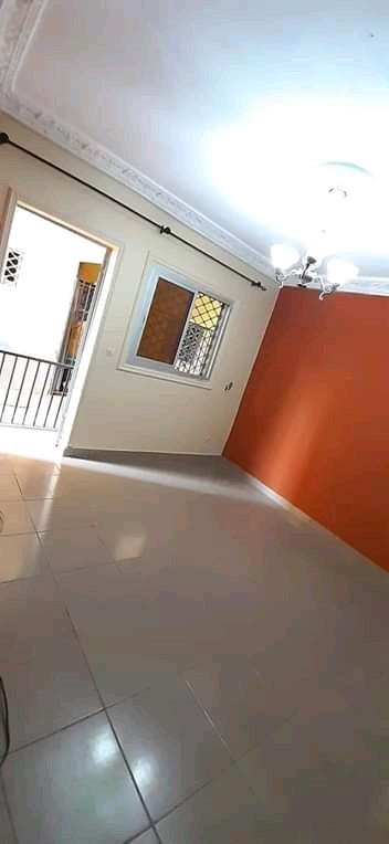 Apartment to rent - Douala, Kotto, Ver entre chefferie - 1 living room(s), 1 bedroom(s), 1 bathroom(s) - 65 000 FCFA / month
