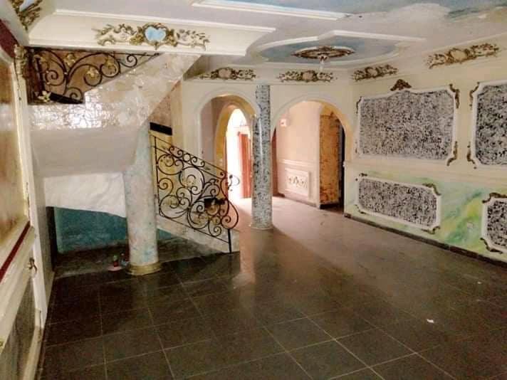 Maison (Duplex) à louer - Yaoundé, Cité verte, Stade - 2 salon(s), 5 chambre(s), 4 salle(s) de bains - 300 000 FCFA / mois