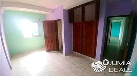 Apartment to rent - Douala, Makepe, Ver bijoux - 1 living room(s), 1 bedroom(s), 1 bathroom(s) - 100 000 FCFA / month