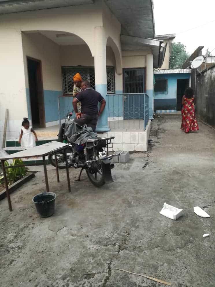 House (Villa) to rent - Douala, Makepe, Ver bm - 1 living room(s), 3 bedroom(s), 2 bathroom(s) - 140 000 FCFA / month