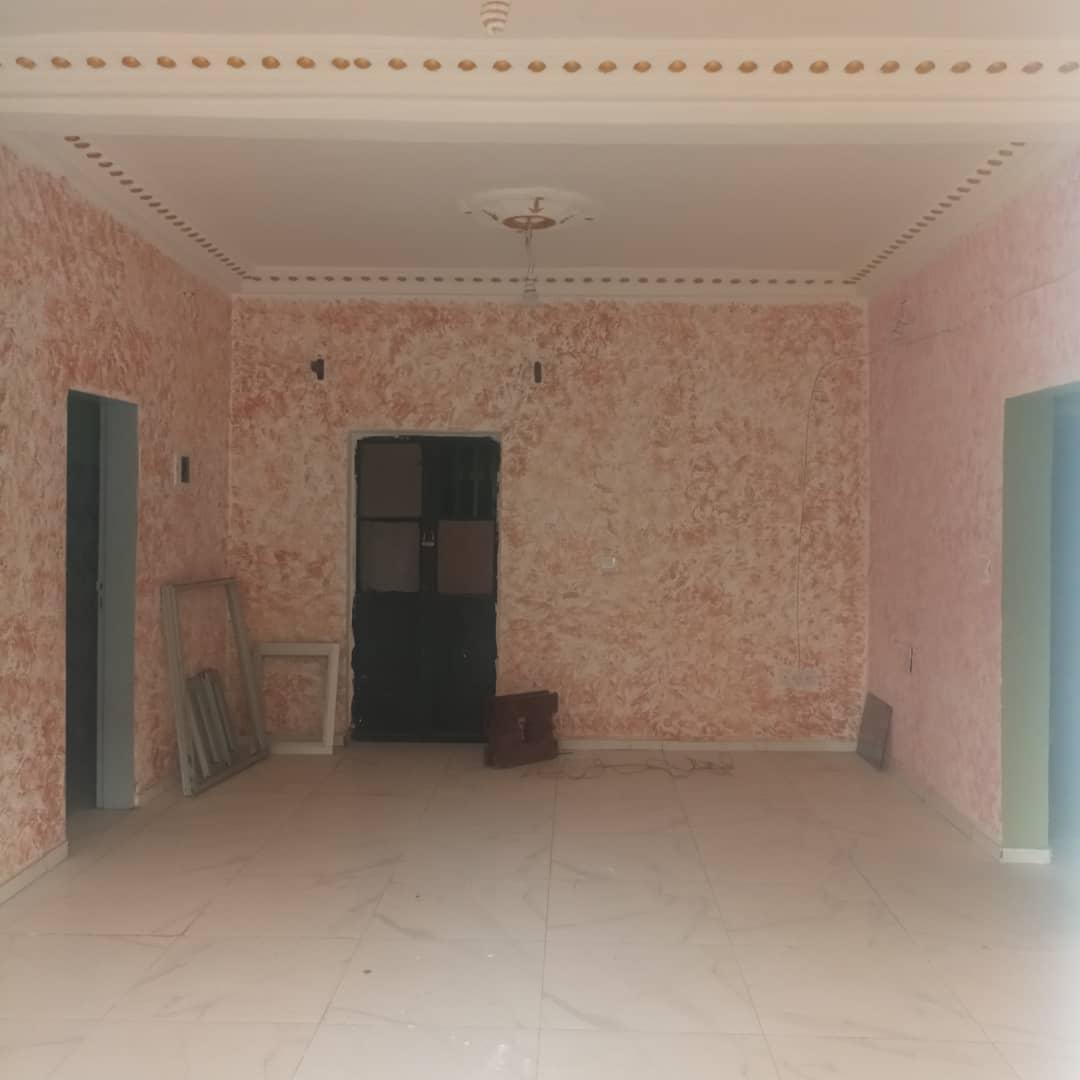 Appartement à louer - Douala, Makepe, Ver sira - 1 salon(s), 2 chambre(s), 2 salle(s) de bains - 120 000 FCFA / mois