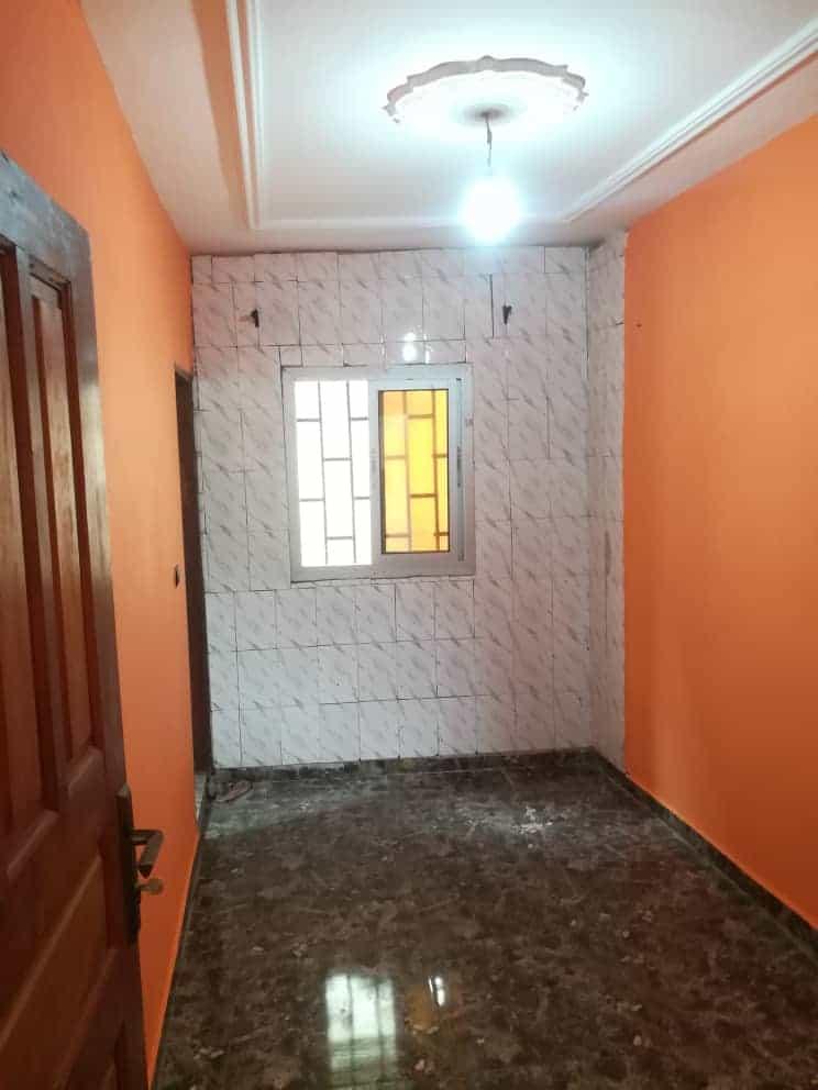 Appartement à louer - Douala, Akwa II, Ver Akwa nord - 1 salon(s), 1 chambre(s), 1 salle(s) de bains - 70 000 FCFA / mois