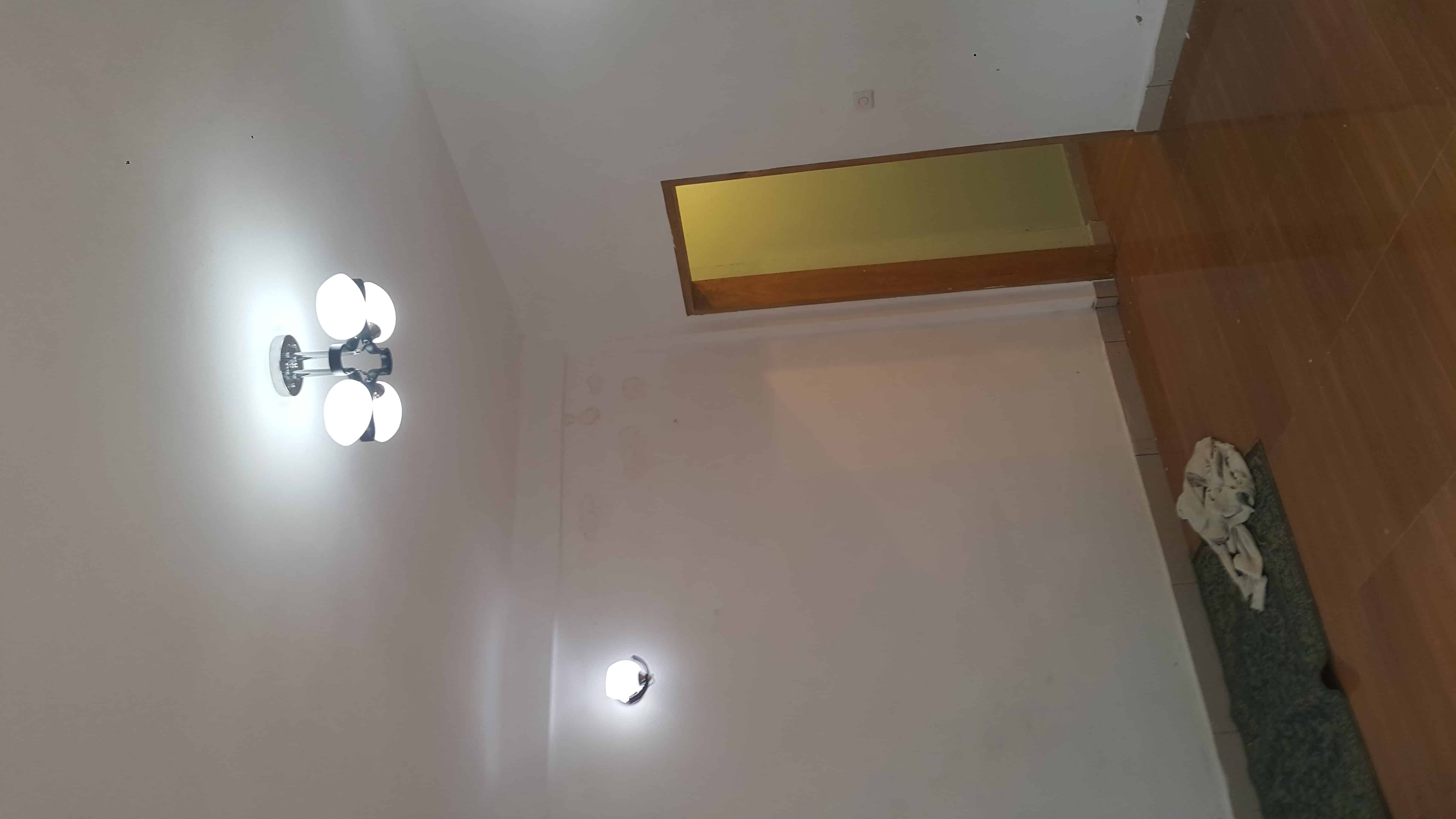 Apartment to rent - Yaoundé, Eleveur, Tradex - 1 living room(s), 2 bedroom(s), 2 bathroom(s) - 110 FCFA / month