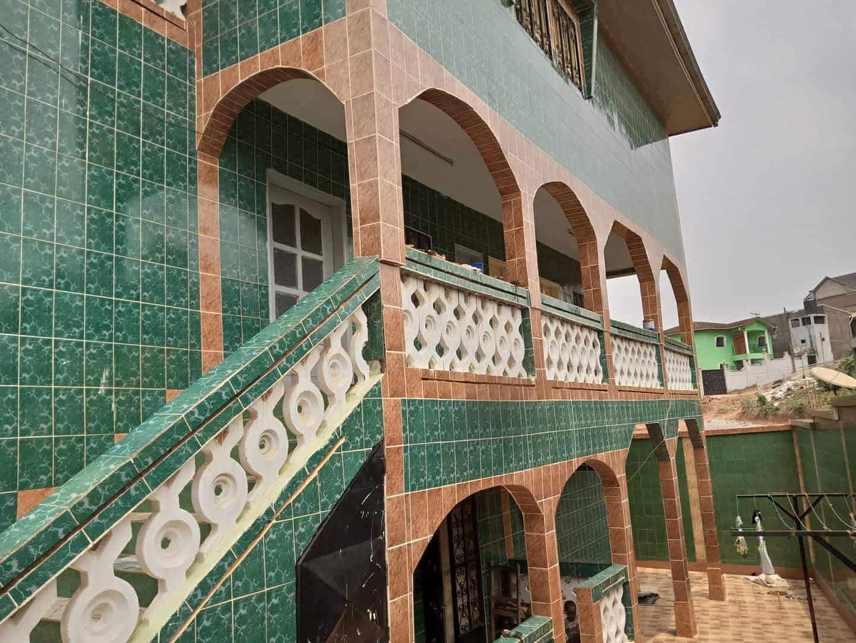 Apartment to rent - Yaoundé, Ngousso, santa maria - 1 living room(s), 2 bedroom(s), 1 bathroom(s) - 90 000 FCFA / month