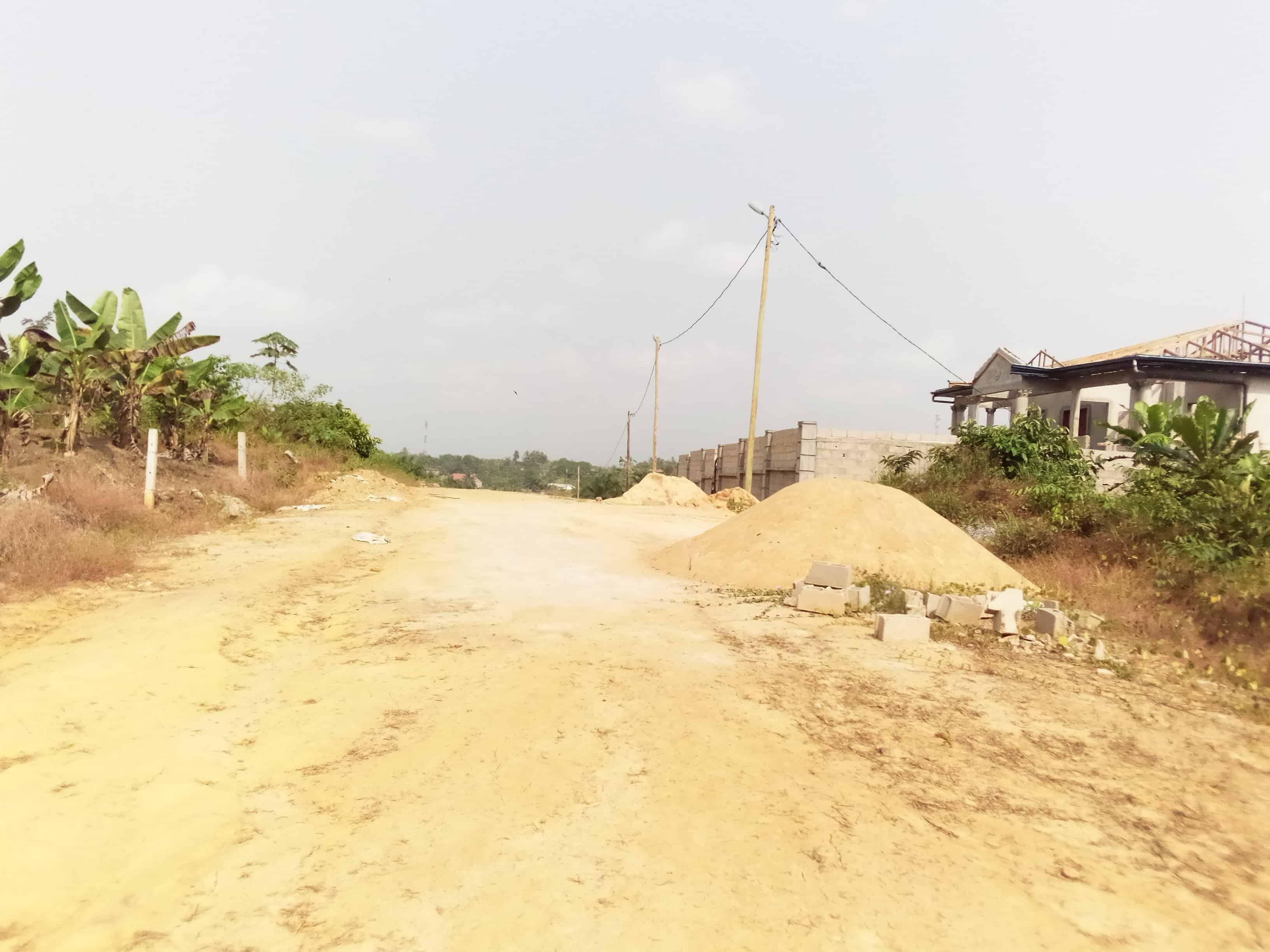 Land for sale at Douala, PK 19, coté droit bien placé , nouveau lottissement déja habité , plus de 3 ha encore disponibles - 500 m2 - 7 000 000 FCFA