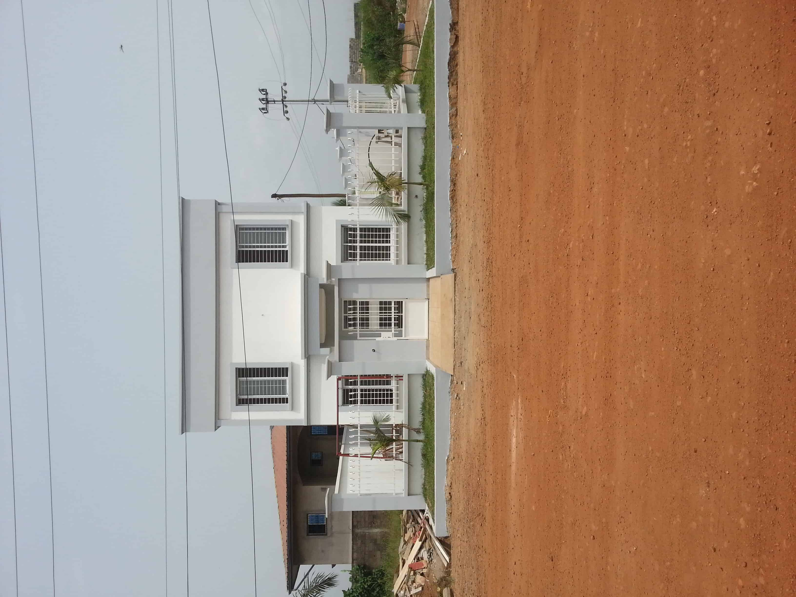 House (Duplex) for sale - Douala, Ndogbong, Cité Chirac - 2 living room(s), 4 bedroom(s), 3 bathroom(s) - 180 000 000 FCFA / month