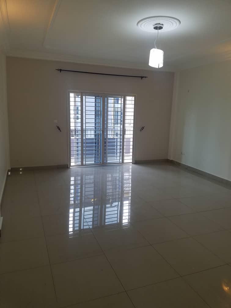 Apartment to rent - Douala, Logbessou I, Ver carrefour logbessou - 1 living room(s), 2 bedroom(s), 3 bathroom(s) - 150 000 FCFA / month