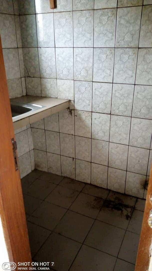 Apartment to rent - Douala, PK 14, C'est a pk13 derrière la station gulfin - 1 living room(s), 1 bedroom(s), 1 bathroom(s) - 45 000 FCFA / month