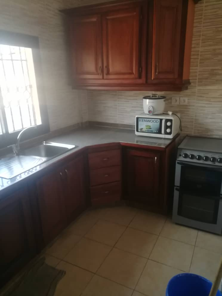 Apartment to rent - Douala, Makepe, Ver Bm - 1 living room(s), 1 bedroom(s), 1 bathroom(s) - 150 000 FCFA / month