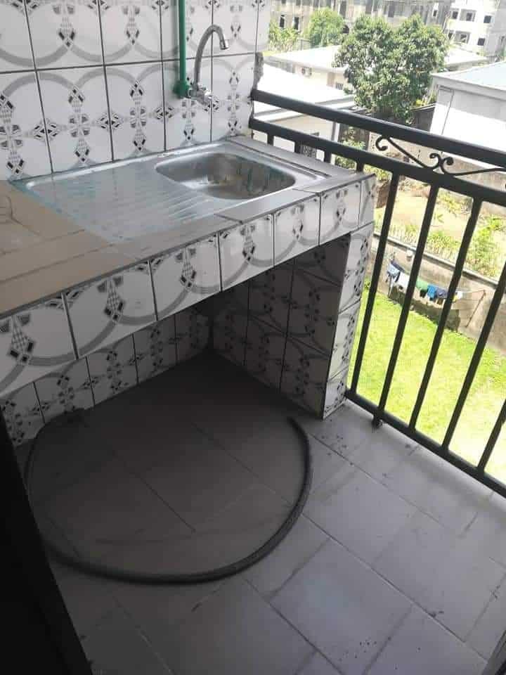 Studio to rent - Douala, Bonamoussadi, Carrefour eto'o - 50 000 FCFA / month