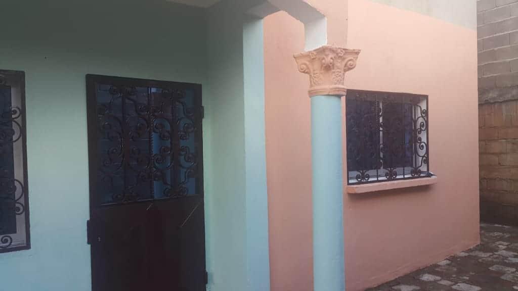 Appartement à louer - Yaoundé, Eleveur, ngousso - 1 salon(s), 2 chambre(s), 1 salle(s) de bains - 100 000 FCFA / mois