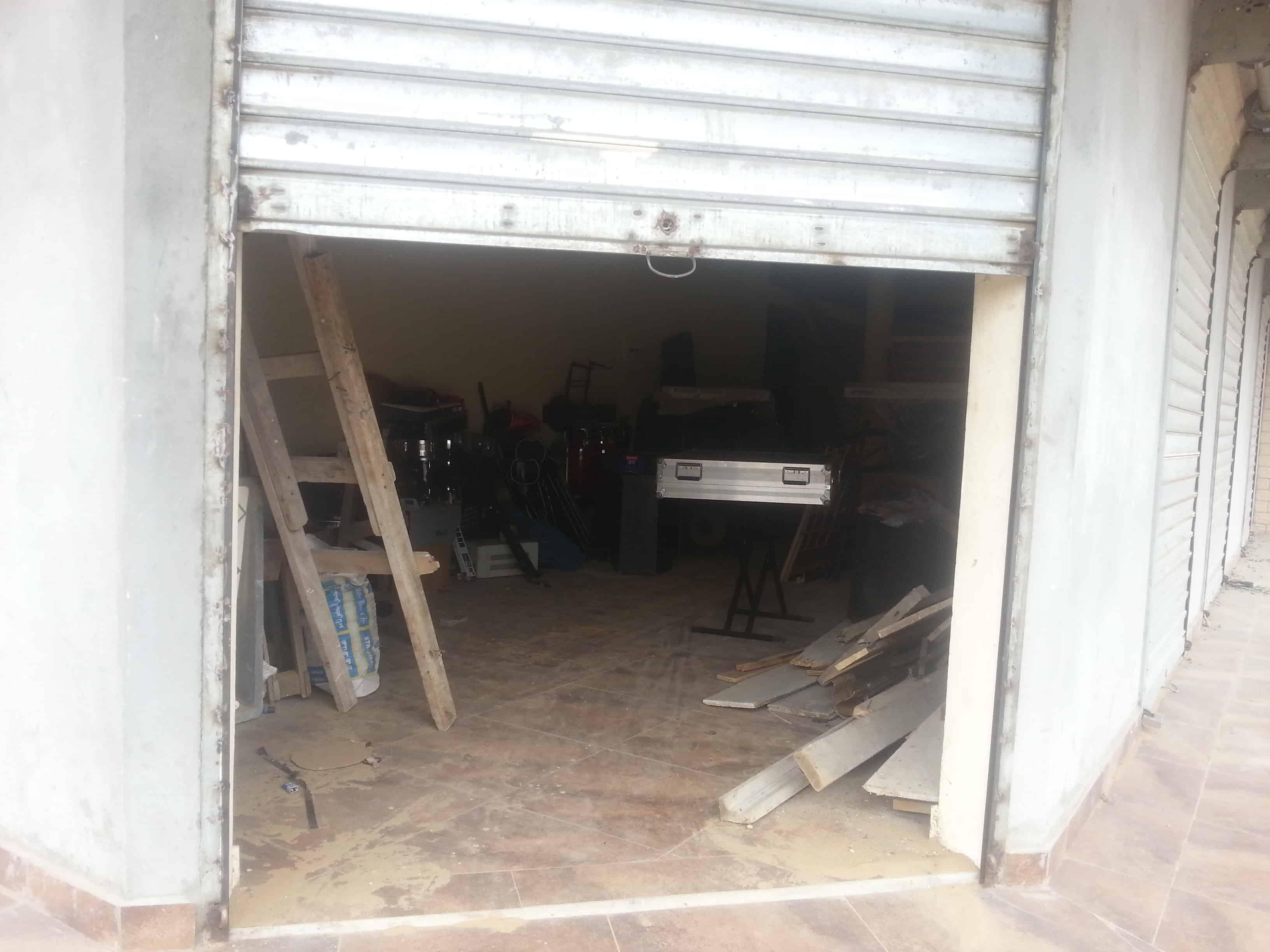 Warehouse to rent at Douala, Yassa, Maetur - 150 m2 - 250 000 FCFA