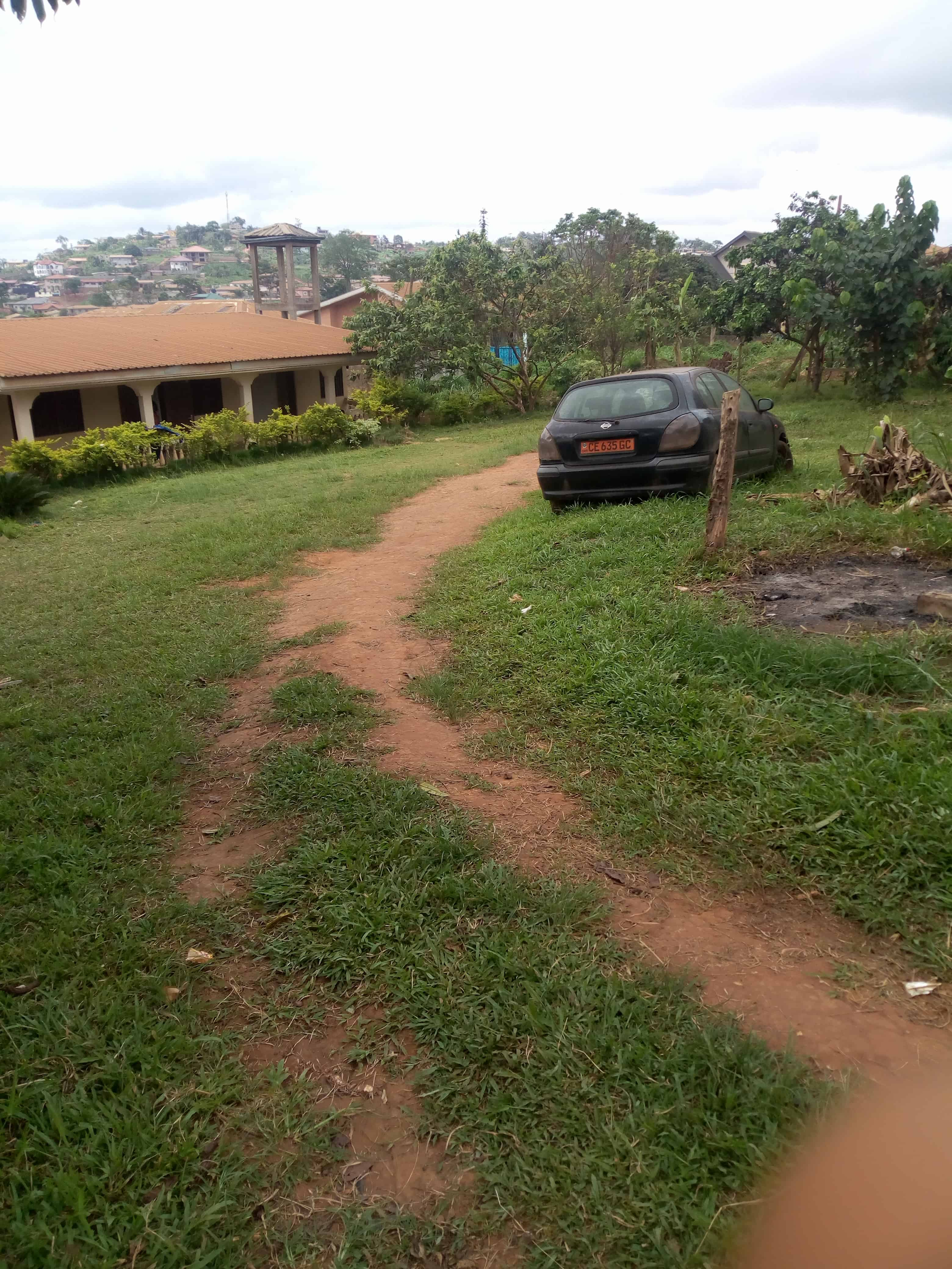 House (Villa) for sale - Yaoundé, Messame-Ndongo, Maison+ terrain à vendre à Yaoundé odza messamendongo - 1 living room(s), 4 bedroom(s), 3 bathroom(s) - 36 000 000 FCFA / month