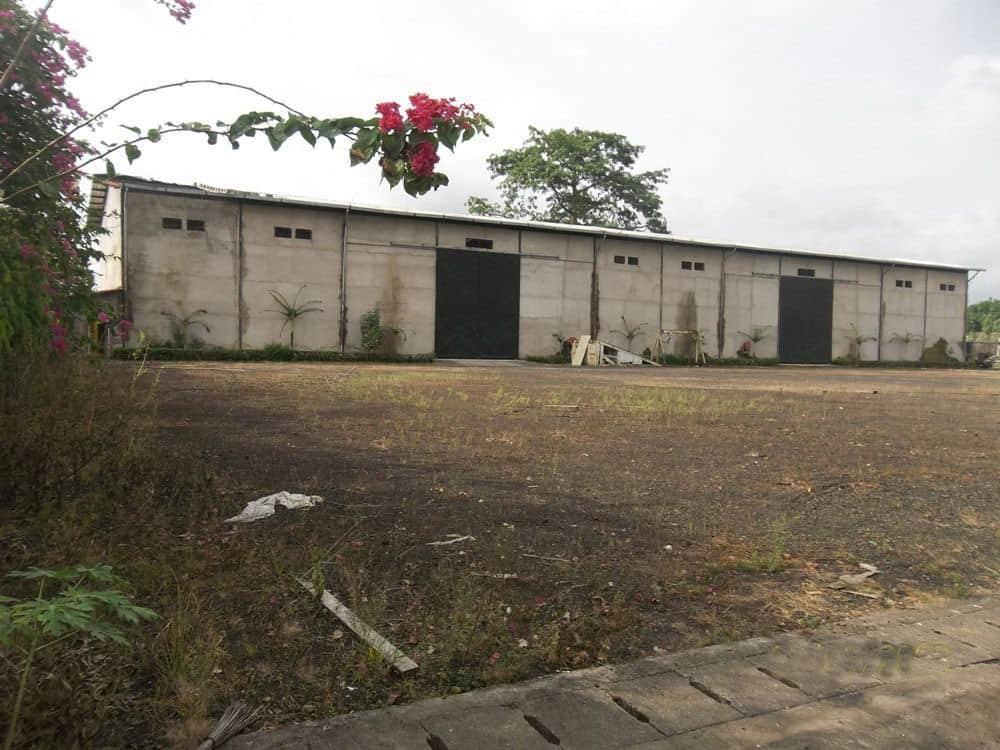 Store for sale at Douala, Akwa I, port - 18000 m2 - 900 000 000 FCFA