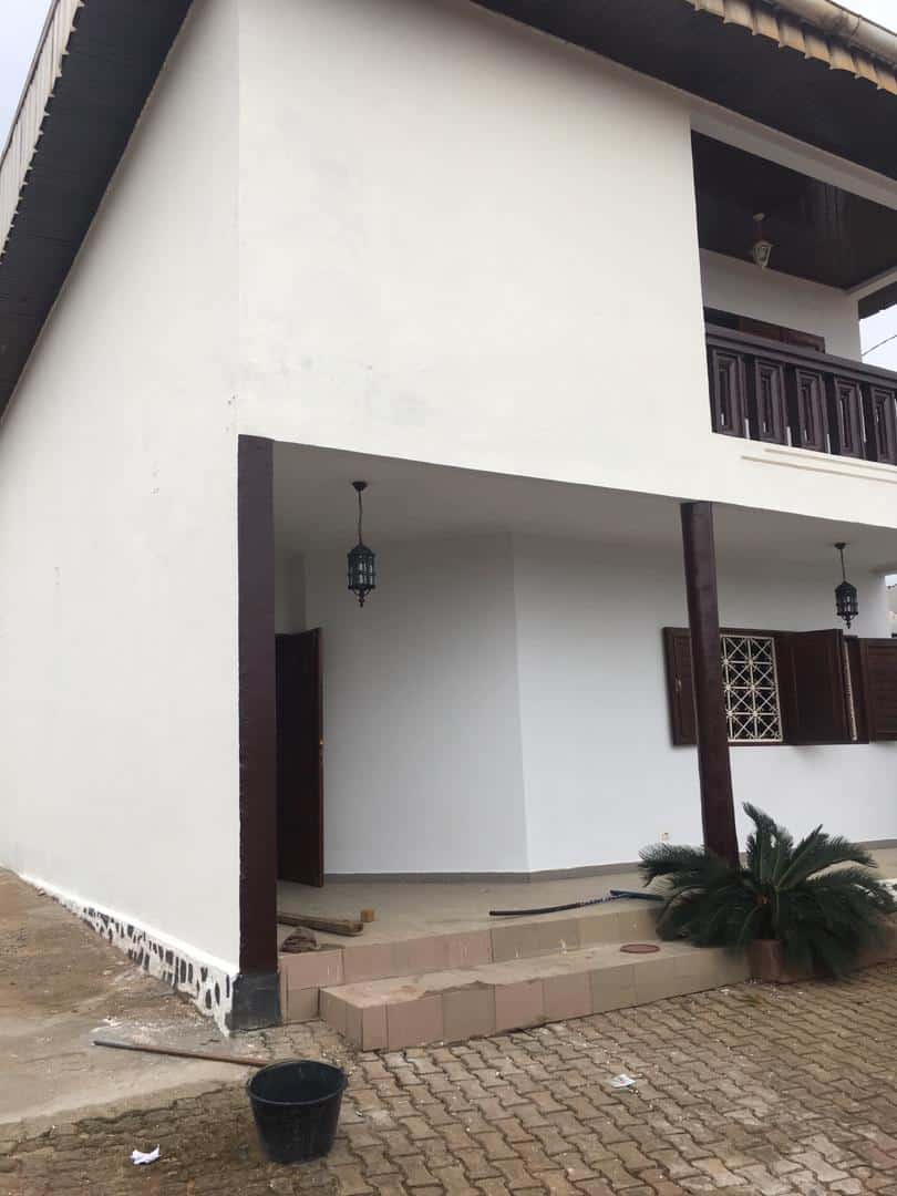 House (Duplex) to rent - Yaoundé, Nsimeyong, Damase - 1 living room(s), 6 bedroom(s), 4 bathroom(s) - 400 000 FCFA / month