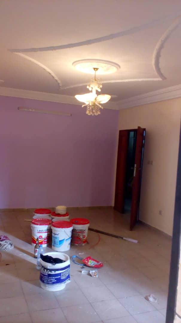 Apartment to rent - Douala, Logbessou I, Après la station nickel oil - 1 living room(s), 2 bedroom(s), 2 bathroom(s) - 100 000 FCFA / month