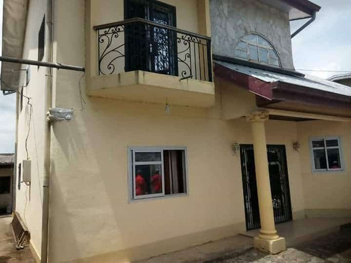 House (Villa) for sale - Douala, Kotto, Kotto - 1 living room(s), 4 bedroom(s), 3 bathroom(s) - 120 000 000 FCFA / month