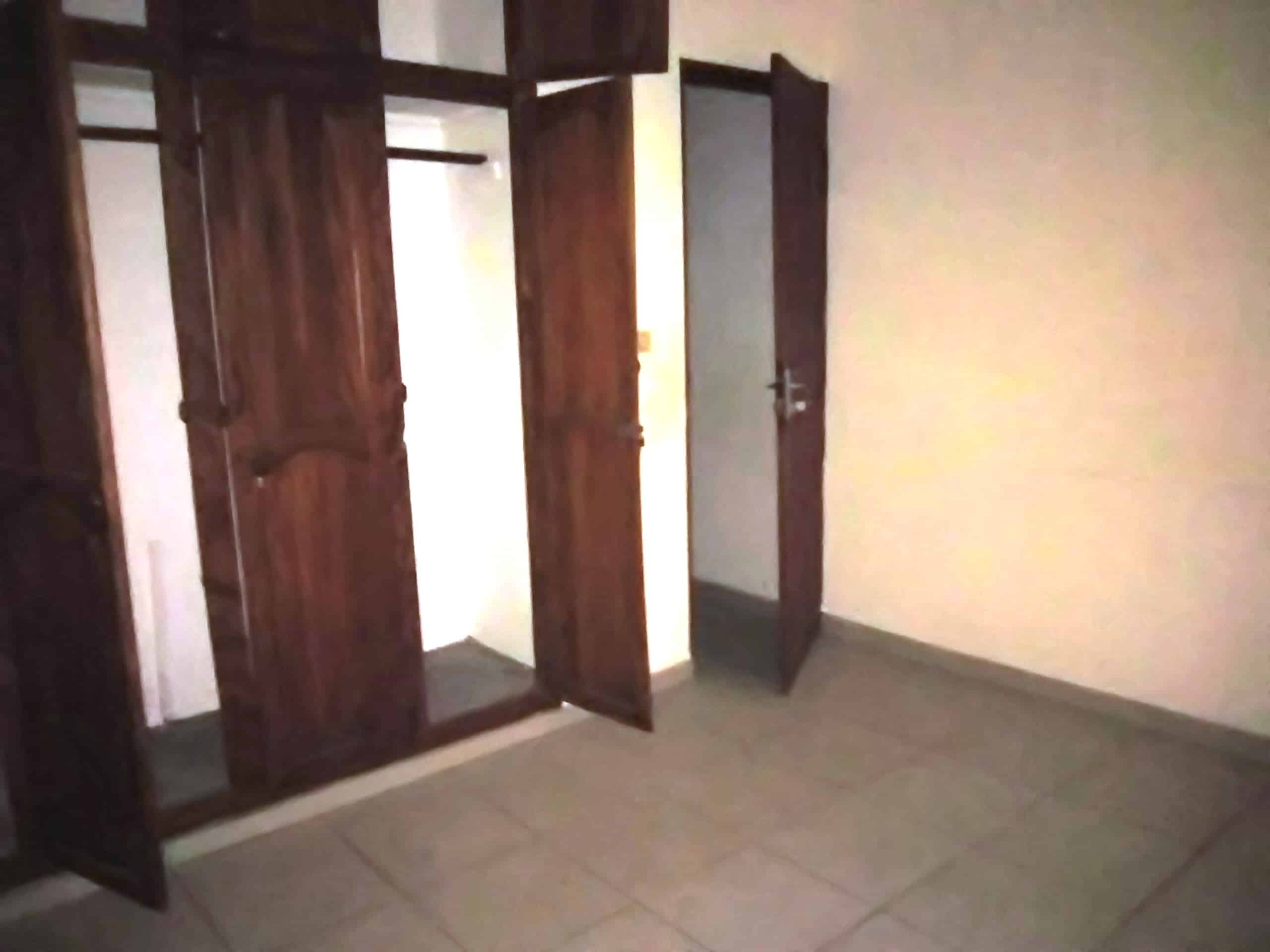Chambre à louer - Douala, Makepe, petit pays - 35 000 FCFA / mois