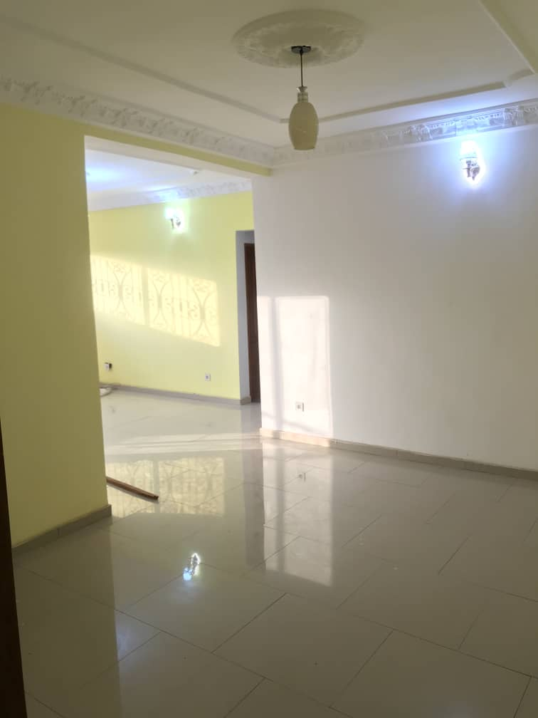 Apartment to rent - Douala, PK 14, C'est a pk13 - 1 living room(s), 2 bedroom(s), 2 bathroom(s) - 115 000 FCFA / month
