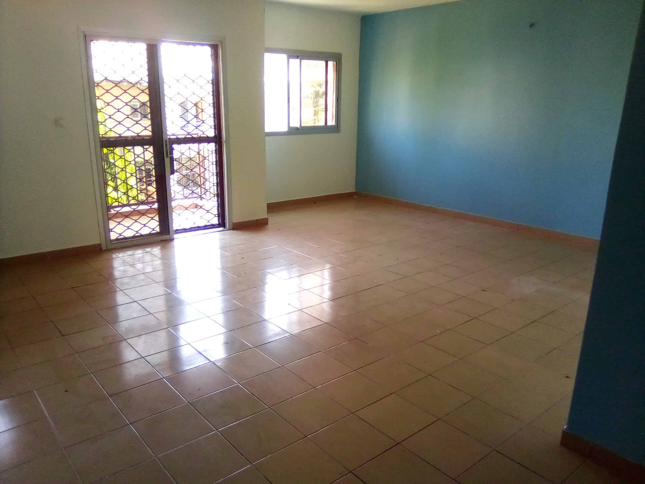 Apartment to rent - Douala, Makepe, 2CH+2DCH..4 MOIS D'AVANCE - 1 living room(s), 2 bedroom(s), 1 bathroom(s) - 135 000 FCFA / month