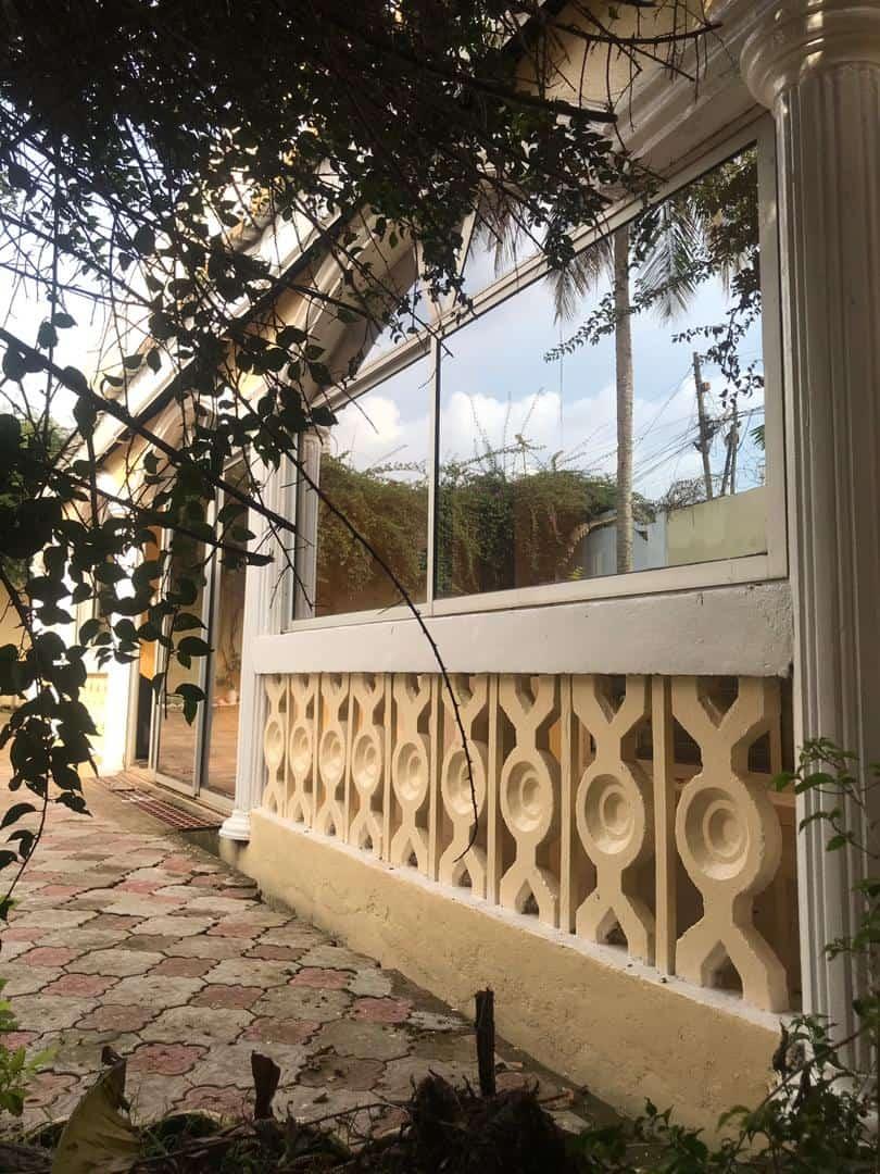 Maison (Villa) à vendre - Yaoundé, Obobogo, Duplex à vendre Yaoundé obobogo - 1 salon(s), 4 chambre(s), 3 salle(s) de bains - 145 000 000 FCFA
