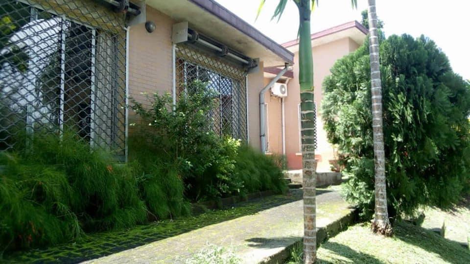 House (Villa) for sale - Douala, Logpom, logpom - 2 living room(s), 3 bedroom(s), 3 bathroom(s) - 200 000 000 FCFA / month