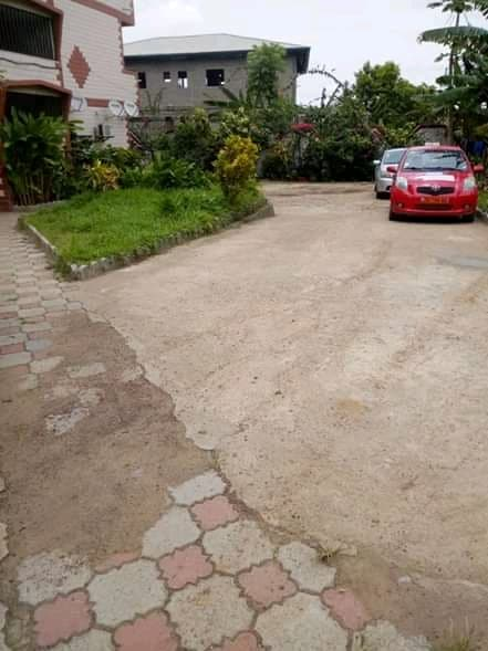 Apartment to rent - Douala, Logbessou II, Crt - 1 living room(s), 1 bedroom(s), 1 bathroom(s) - 55 000 FCFA / month