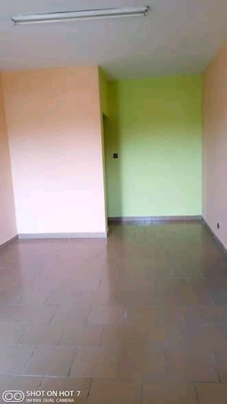 Apartment to rent - Douala, PK 11, Pk12 - 1 living room(s), 1 bedroom(s), 1 bathroom(s) - 65 000 FCFA / month