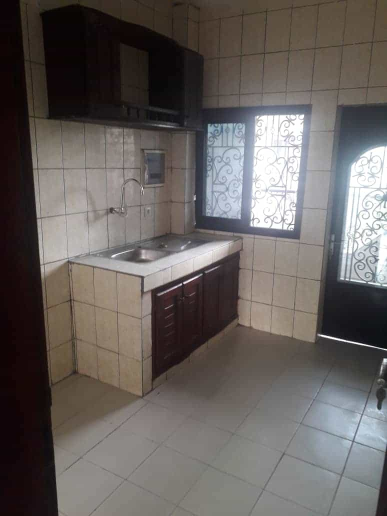 Apartment to rent - Douala, Logbessou I, Après la station nickel oil - 1 living room(s), 2 bedroom(s), 2 bathroom(s) - 100 000 FCFA / month