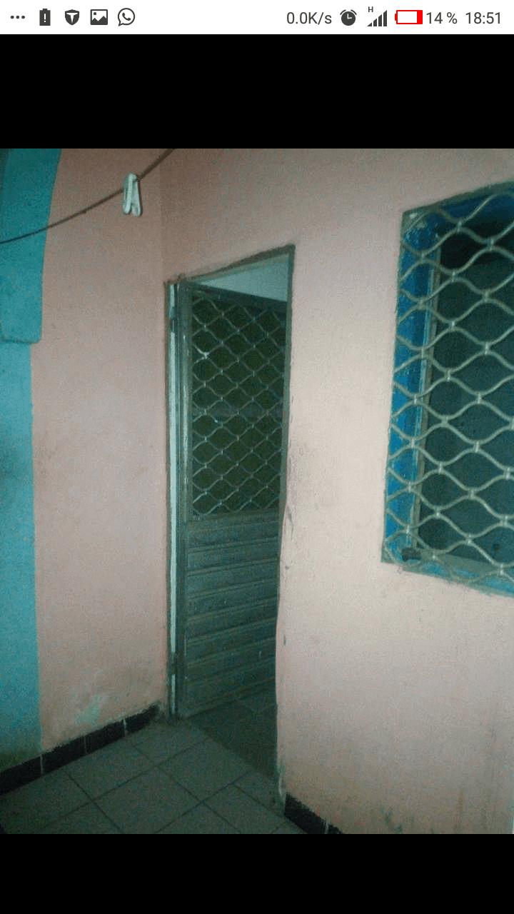 Studio to rent - Douala, Makepe, derrière le lycée de makepe - 20 000 FCFA / month