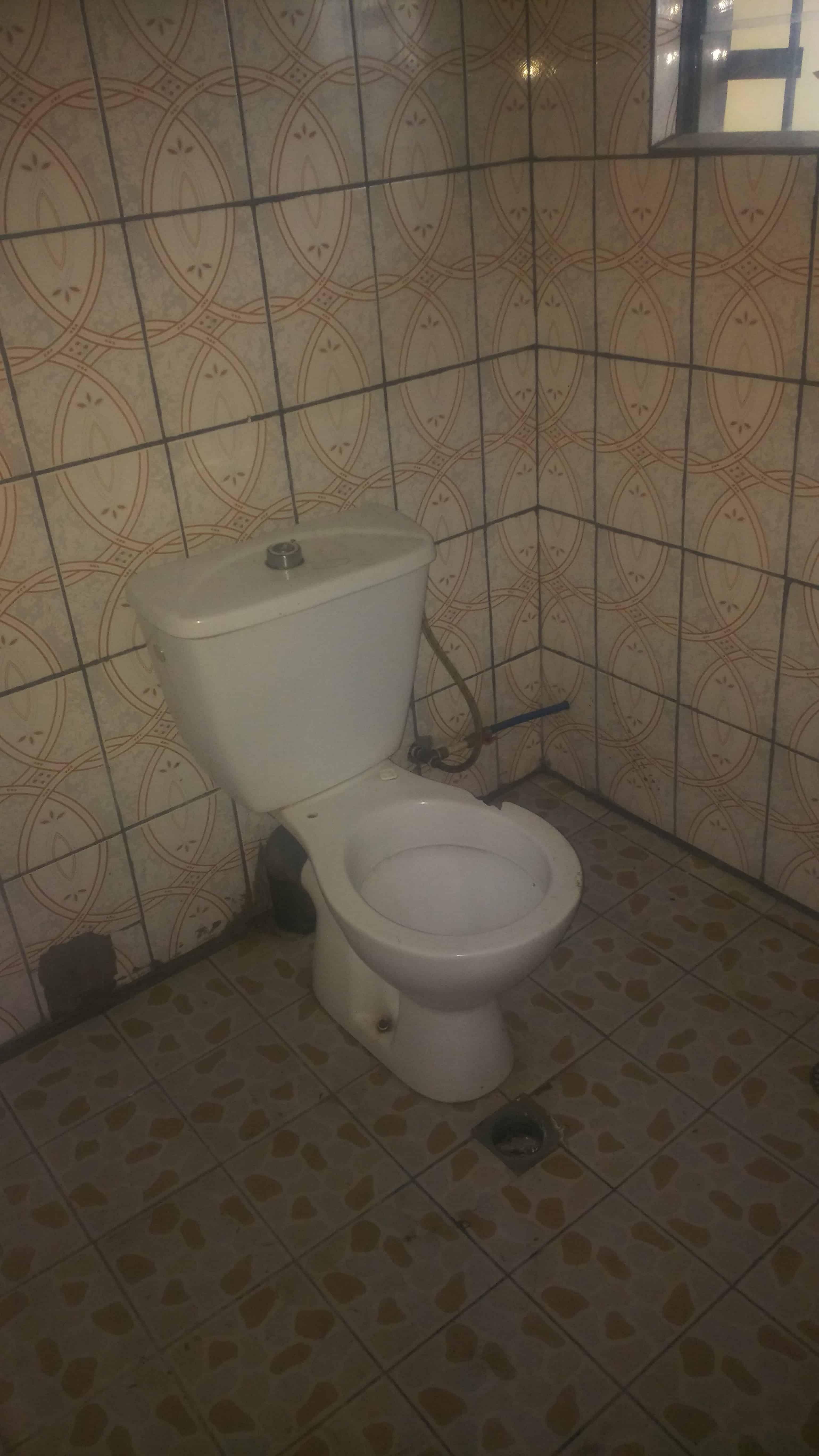 Studio to rent - Douala, Ndoghem, Nouvelle Route cité CICAM - 35 000 FCFA / month
