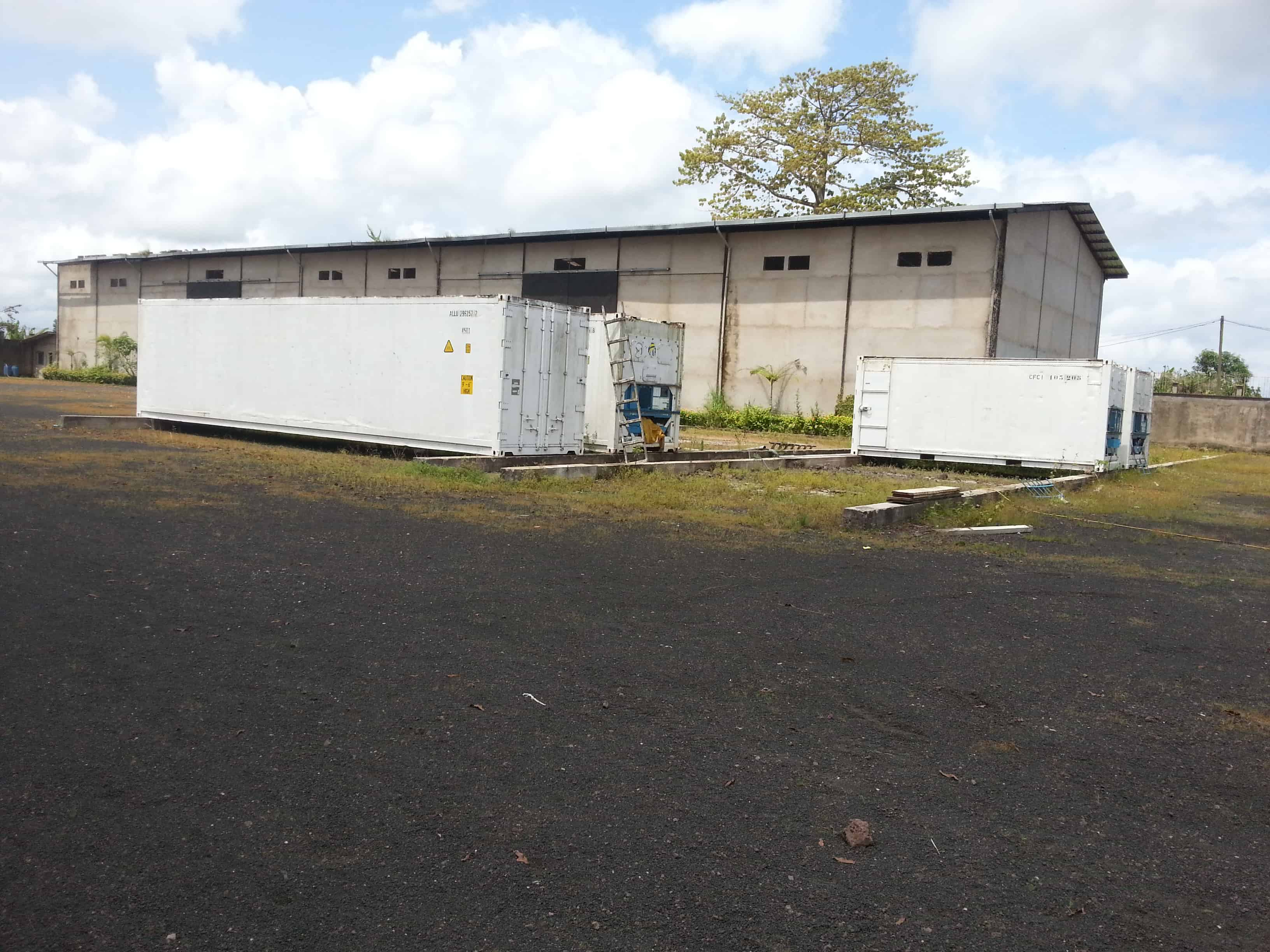 Store for sale at Douala, Yassa, Yamsoki - 8000 m2 - 900 000 000 FCFA