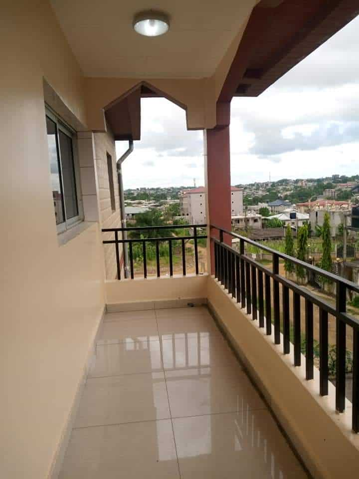 Apartment to rent - Douala, Logbessou I, Après la station nickel oil - 1 living room(s), 2 bedroom(s), 2 bathroom(s) - 150 000 FCFA / month