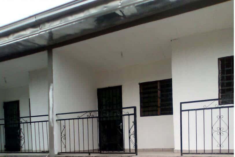 Apartment to rent - Douala, Bonamoussadi, Supermarché Carrefour - 1 living room(s), 1 bedroom(s), 1 bathroom(s) - 75 000 FCFA / month