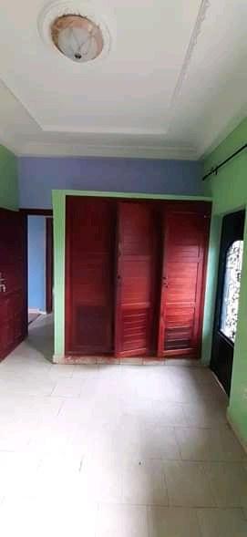 Apartment to rent - Douala, Logbessou I, Après la station nickel oil - 1 living room(s), 2 bedroom(s), 2 bathroom(s) - 120 000 FCFA / month