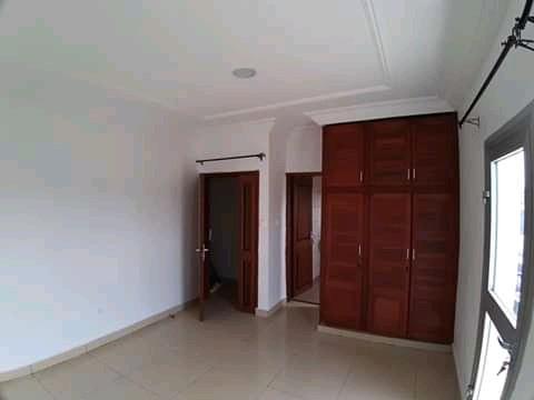 Apartment to rent - Douala, Bonamoussadi, Denver - 1 living room(s), 2 bedroom(s), 2 bathroom(s) - 200 000 FCFA / month