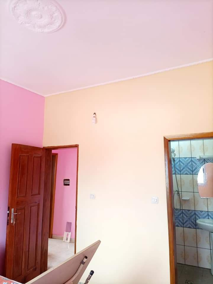 Apartment to rent - Douala, Yassa, NON LOIN DE TRADEX YASSA À 100M DU GOUDRON. - 1 living room(s), 2 bedroom(s), 2 bathroom(s) - 60 000 FCFA / month
