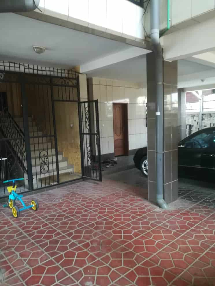 Apartment to rent - Douala, Bonamoussadi, Ver  mboa - 1 living room(s), 2 bedroom(s), 3 bathroom(s) - 180 000 FCFA / month