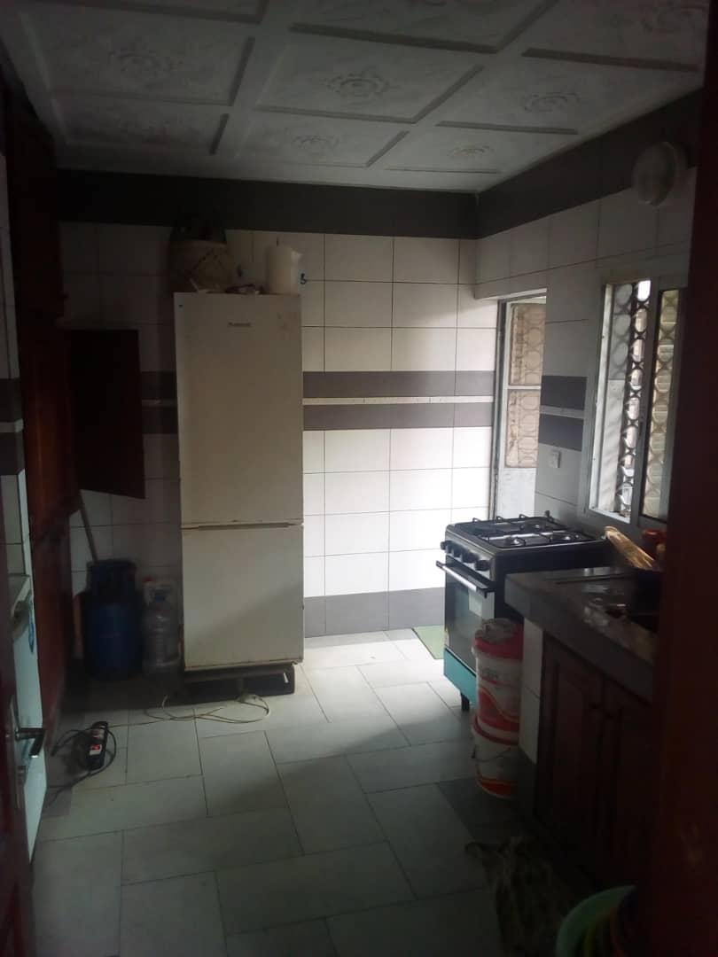 Apartment to rent - Douala, Logbessou II, Ver tampico - 1 living room(s), 3 bedroom(s), 2 bathroom(s) - 150 000 FCFA / month