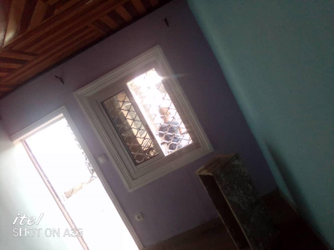 Studio to rent - Douala, Kotto, kotto - 35 000 FCFA / month