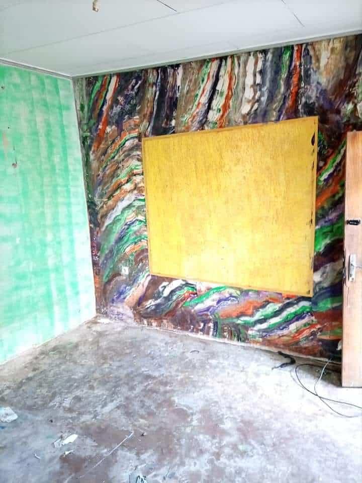 Studio to rent - Douala, Makepe, VERS TOTAL MAKEPE ACOTÉ DU GOUDRON. - 15 000 FCFA / month