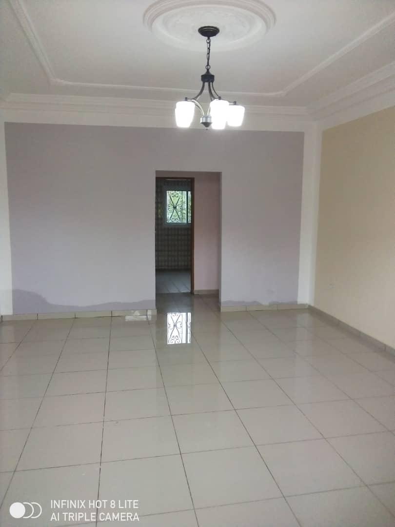Apartment to rent - Douala, PK 14, C'est a pk13 - 1 living room(s), 2 bedroom(s), 2 bathroom(s) - 100 000 FCFA / month