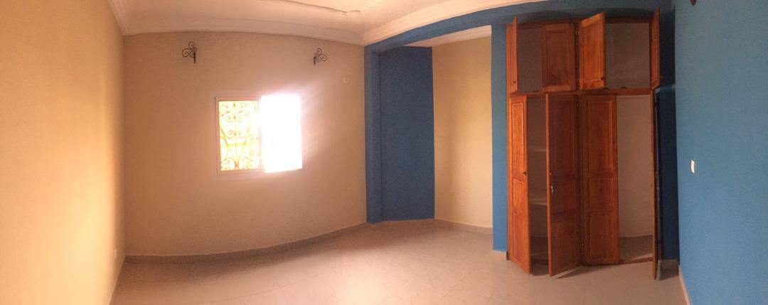 Apartment to rent - Douala, Bangue, Kotto - 1 living room(s), 2 bedroom(s), 2 bathroom(s) - 120 000 FCFA / month