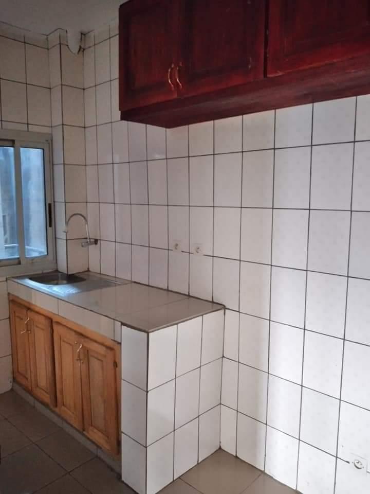 Apartment to rent - Douala, Bonamoussadi, Après IPP - 1 living room(s), 2 bedroom(s), 2 bathroom(s) - 160 000 FCFA / month