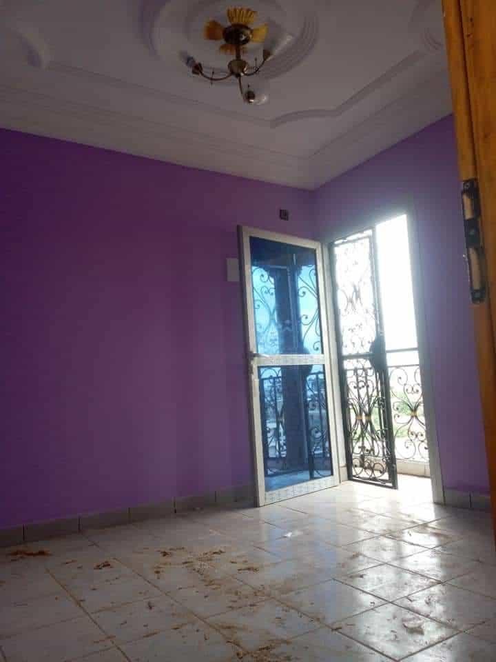 Studio to rent - Douala, Bepanda, BEPANDA OMNISPORT IMMEUBLE NEUF EN ROUTE. - 40 000 FCFA / month