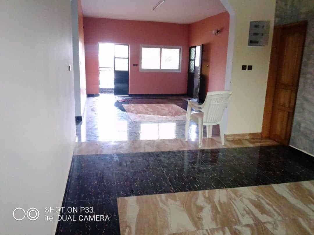 Apartment to rent - Douala, Makepe, St tropez - 1 living room(s), 2 bedroom(s), 2 bathroom(s) - 170 000 FCFA / month