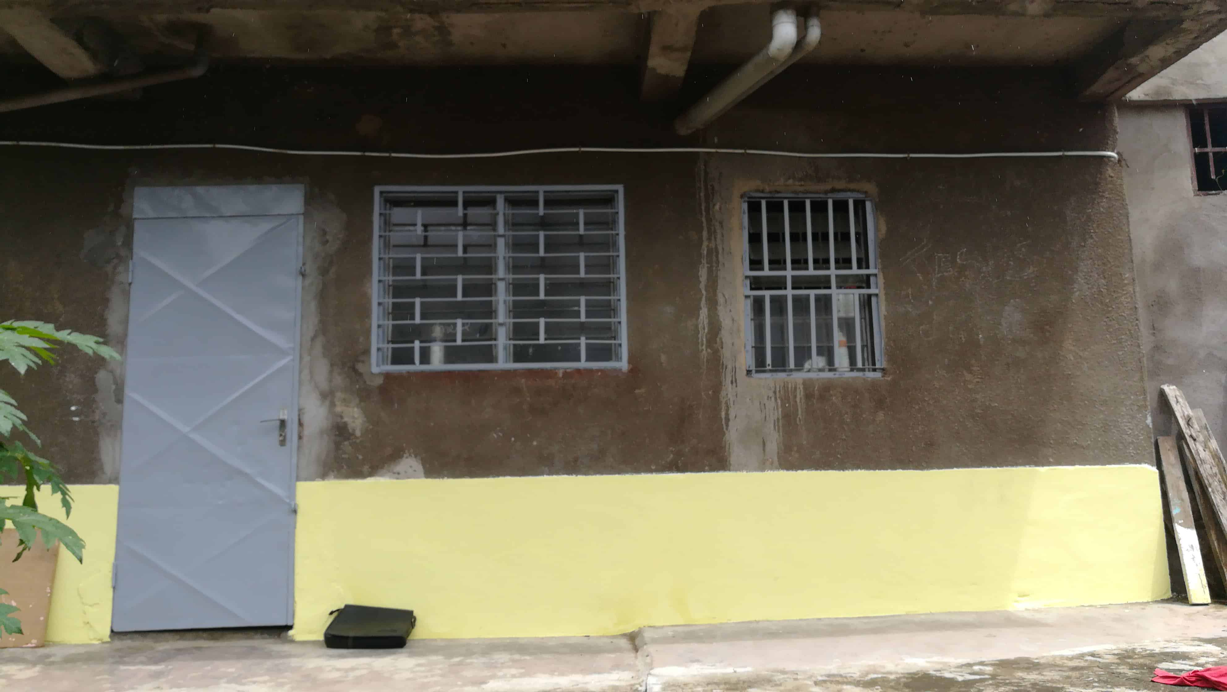 Apartment to rent - Douala, Malangue, Boulangerie malangue - 1 living room(s), 1 bedroom(s), 1 bathroom(s) - 40 000 FCFA / month