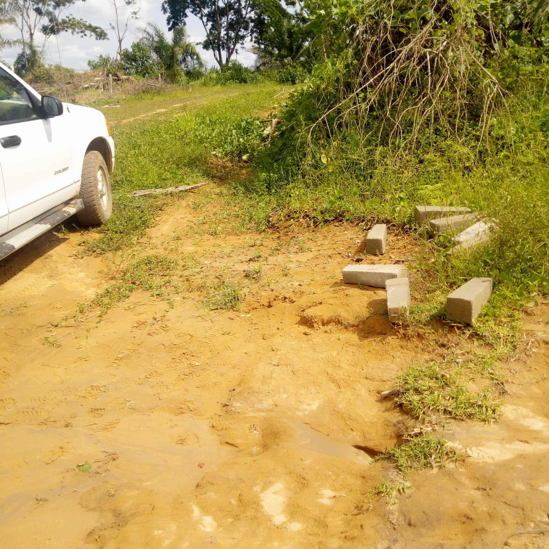 Land for sale at Douala, PK 24, Contrôle de police - 6000 m2 - 6 000 000 FCFA