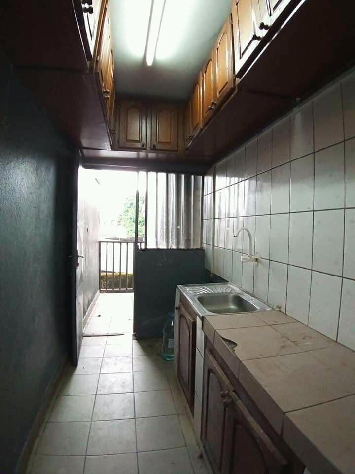 Apartment to rent - Douala, Bonamoussadi, Ver bijoux - 1 living room(s), 2 bedroom(s), 2 bathroom(s) - 120 000 FCFA / month